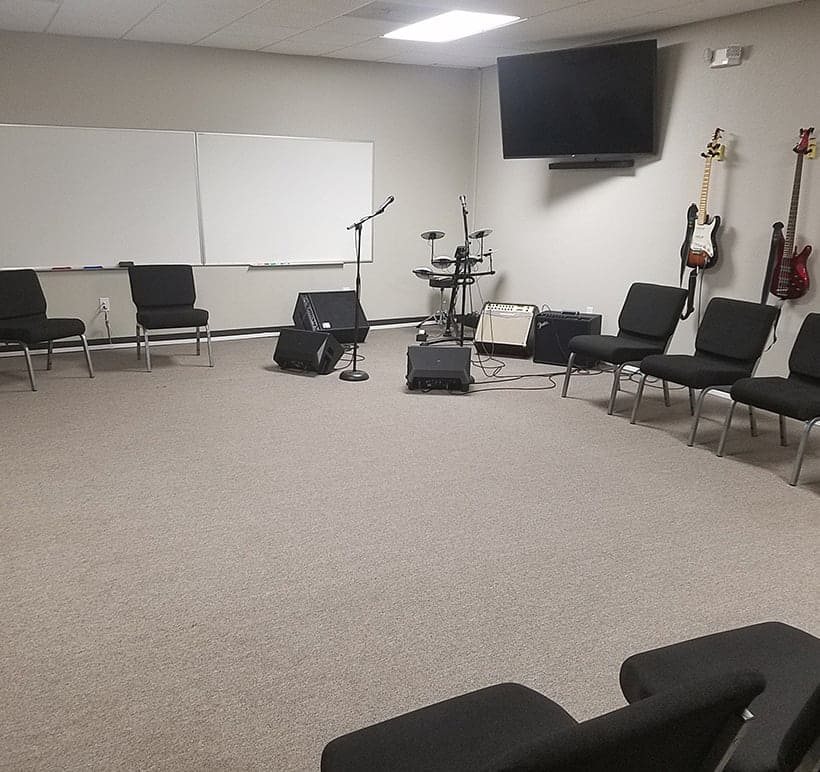 kerrville recovery unplugged group room inside