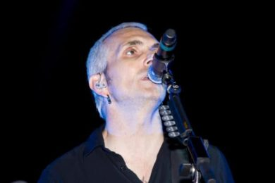 Recovery Unplugged supporter Art Alexakis announces debut solo record.